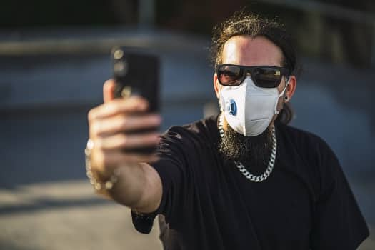 Can Texans Wear Masks While Legally Carrying Handguns